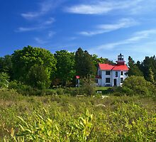 Grand Traverse Lighthouse by DArthurBrown