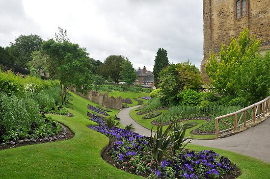 Guildford Castle by Lisa Williams