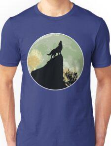 Wolf howling Unisex T-Shirt