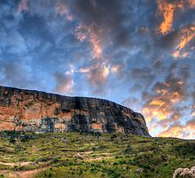 Tiger Falls Mountain by Clive S
