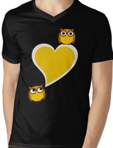 Hoo? Me? Mens V-Neck T-Shirt