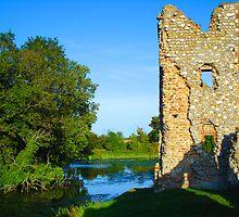 Castle Ruins by JenThompson85