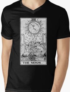 The Moon Tarot Card - Major Arcana - fortune telling - occult Mens V-Neck T-Shirt