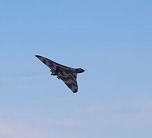 Avro Vulcan XH558 by Theresa Selley