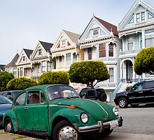 Volkswagen Beetle on Steiner Street by dingobear