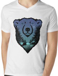 Polar Bear: chillin' Mens V-Neck T-Shirt