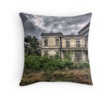The Salem Mansion v5  Throw Pillow