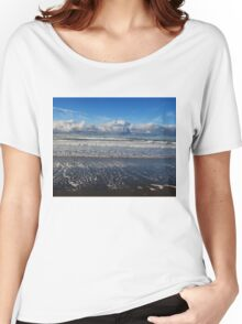 Beckoning Sea Women's Relaxed Fit T-Shirt