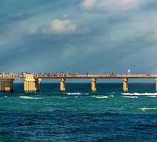Newport Fishing Pier by DDMITR