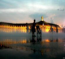 Bordeaux - miroir d'eau - evening by Vlavo