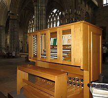 The Grand Organ Console, Exeter Cathedral by MidnightMelody