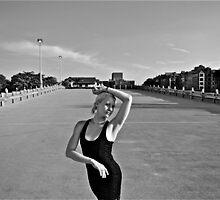 Portrait d'une jeune femme by Daniel Sorine
