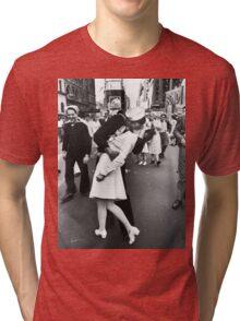 Times Square V/J-Day Kiss Tri-blend T-Shirt