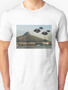 Aliens invade Cape Town T-Shirt