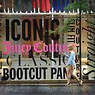 Juicy - New York by Robert Baker