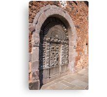 arched door Canvas Print