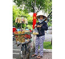 vendeuse de cacahuetes Photographic Print