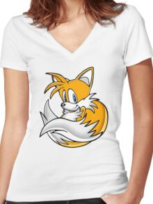 Tails the Fox Women's Fitted V-Neck T-Shirt