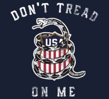 Don't Tread On Me Distressed by DCVisualArts