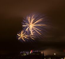 Festival Fireworks at Edinburgh Castle by Sue Fallon Photography