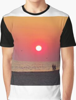 Couple Watching the Sunset Graphic T-Shirt