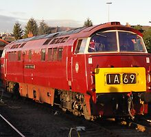 D1062 'Western Courier' at Kidderminster by James Stokes