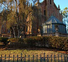 Haunted Mansion by CrazyAmazing