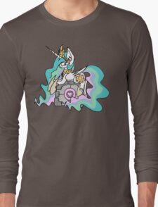 Celestia and her companion cube Long Sleeve T-Shirt