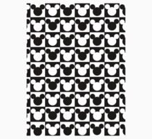 Mickey Mouse - Checkered T-Shirt