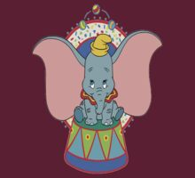 Dumbo T-shirt by ColumVersalStud