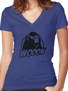 Wooow - 3D amazed Ape Women's Fitted V-Neck T-Shirt