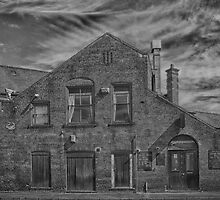 Workshops Mono by Glen Allen