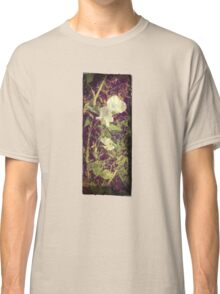 Antique Look Print of Pretty Sweet Pea flowers Classic T-Shirt