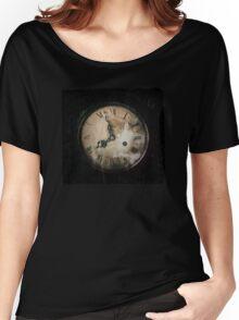 Antique Feel Photograph of an Eerie Clock Face Women's Relaxed Fit T-Shirt