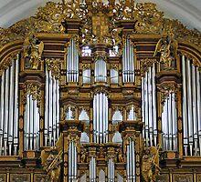 Fulda Cathedral organ by churchmouse