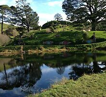 Hobbiton New Zealand by kriztann