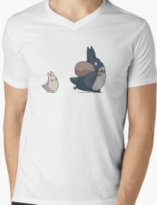 Totoro's friends Mens V-Neck T-Shirt