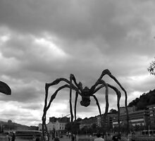 Giant spider! by JavierMontero