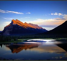 Mt Rundle Banff Alberta by davidsuggitt