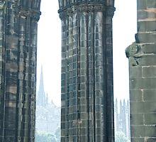 Column of the Scott Monument in Edinburgh by Junec