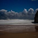 Moonlight Clouds approaching Ethel Beach by pablosvista2