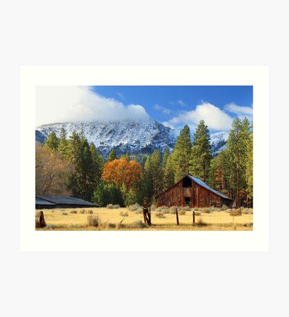 Autumn Barn At Thompson Peak Art Print