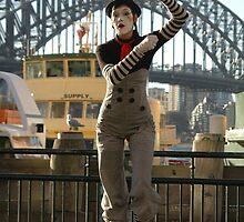 Sydney's Statue Of Liberty? Australia 2010 by muz2142