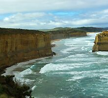 Great Ocean Road - One of Twelve Apostles by imaginethis