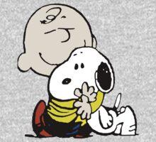 Charlie Brown Loves Snoopy Hug Kids Clothes