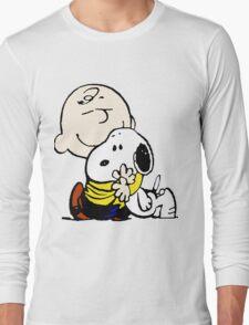 Charlie Brown Loves Snoopy Hug T-Shirt
