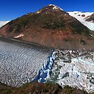 Glacier breaks by zumi