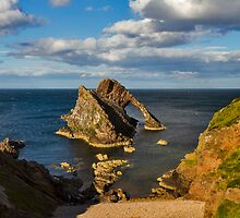 PORTKNOCKIE - BOW FIDDLE FROM HIGH ON A SUMMERS DAY by JASPERIMAGE