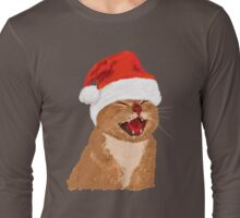 funny laughing cat with christmas hat Long Sleeve T-Shirt