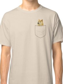 pocket doge Classic T-Shirt
